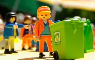 1444815467playmobil-771313_1920-1766x1093-trim-trim(43,192,1809,1285)